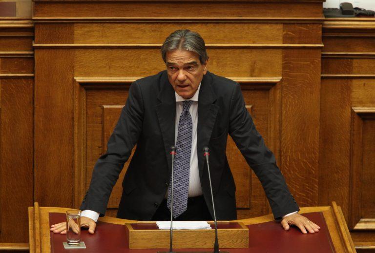Σηφουνάκης: Επίθεση σε κληρικούς που καλούν τους πολίτες να μην πληρώνουν | Newsit.gr