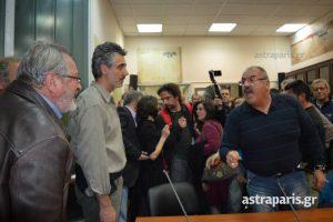 Χαμός στη Χίο για τους πρόσφυγες! Τραυματισμοί και ένα… επεισοδιακό δημοτικό συμβούλιο! ΒΙΝΤΕΟ