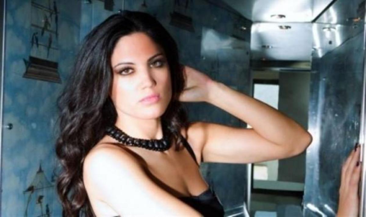 Η Μαίρη Συνατσάκη έκοψε τα μαλλιά της! Δες εδώ το νέο της look! | Newsit.gr