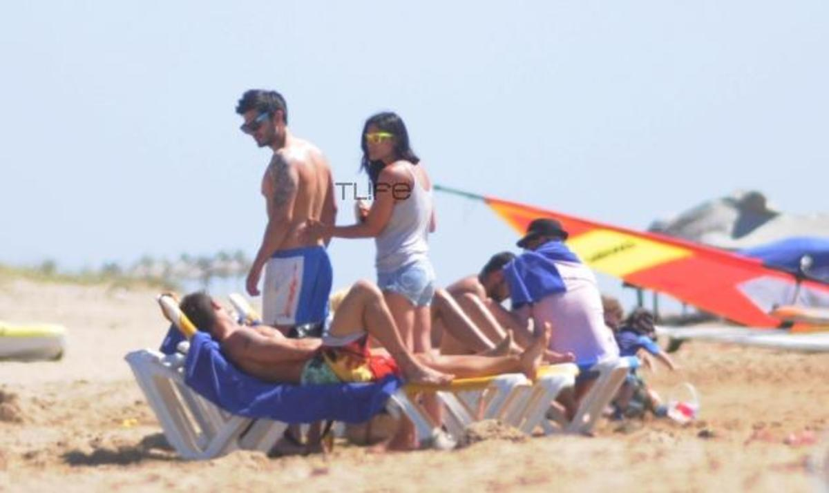 Μ. Συνατσάκη – Μ. Στρατής: Ερωτευμένοι στην παραλία! Δες τις φωτογραφίες του TLIFE!   Newsit.gr