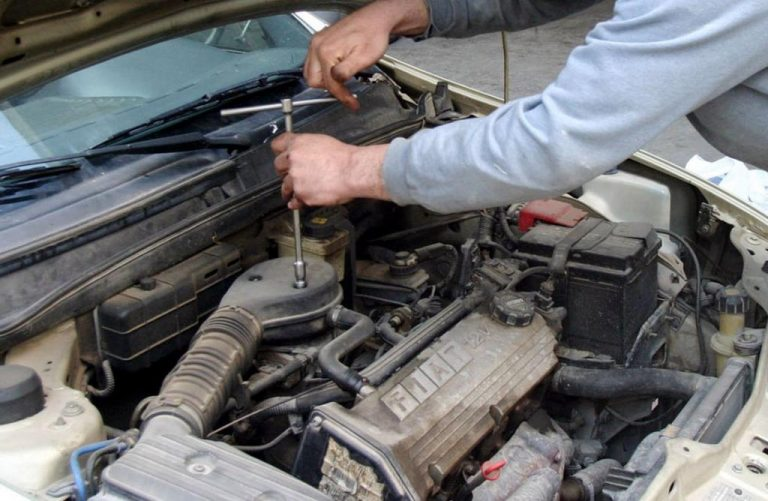 Χαλκίδα: Εκλεβαν αυτοκίνητα και τα έκαναν ανταλλακτικά | Newsit.gr