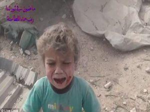 Ο Πούτιν βομβαρδίζει την Συρία: Παιδικά ουρλιαχτά, αίματα και προσευχές – ΣΚΛΗΡΕΣ ΕΙΚΟΝΕΣ