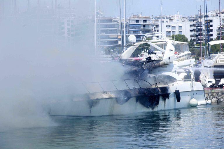 Κύθνος: Έπεσαν στη θάλασσα για να σωθούν! | Newsit.gr