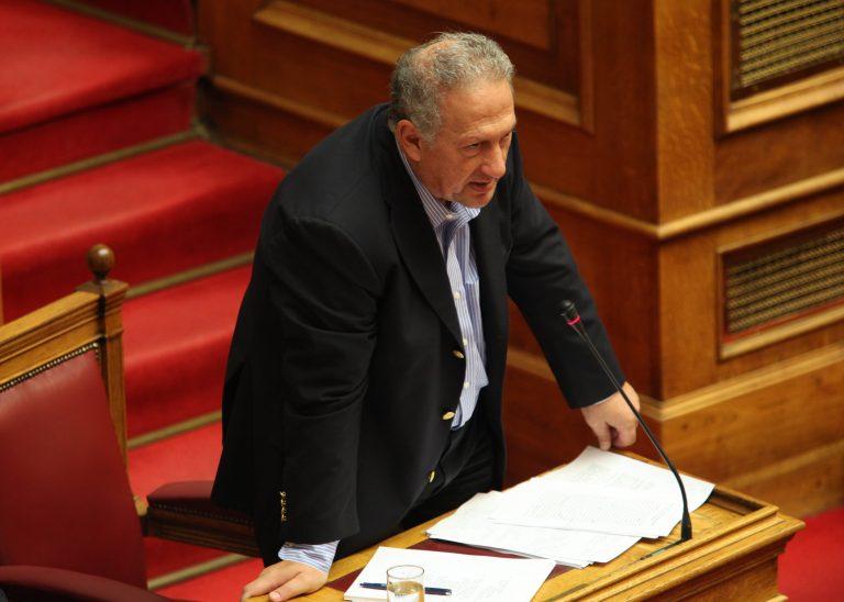 Σκανδαλίδης προς Γιώργο: Να παραιτηθείς αύριο στον Πρόεδρο της Δημοκρατίας   Newsit.gr