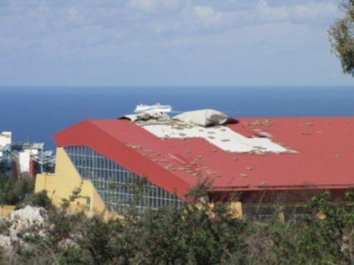 Χανιά: Το κλειστό κολυμβητήριο, κινδυνεύει να γίνει… ανοιχτό! | Newsit.gr