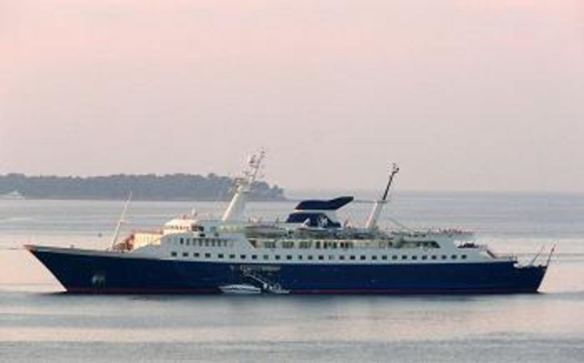 Σκιάθος:Οι διακοπές του πρίγκιπα Κάρολου, στην θαλαμηγό του Σπύρου Λάτση | Newsit.gr