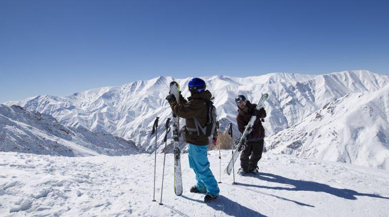 «Παρκάρετε» τα σκι σας και φυσήξτε! Έρχονται αλκοτέστ στα… χιόνια | Newsit.gr