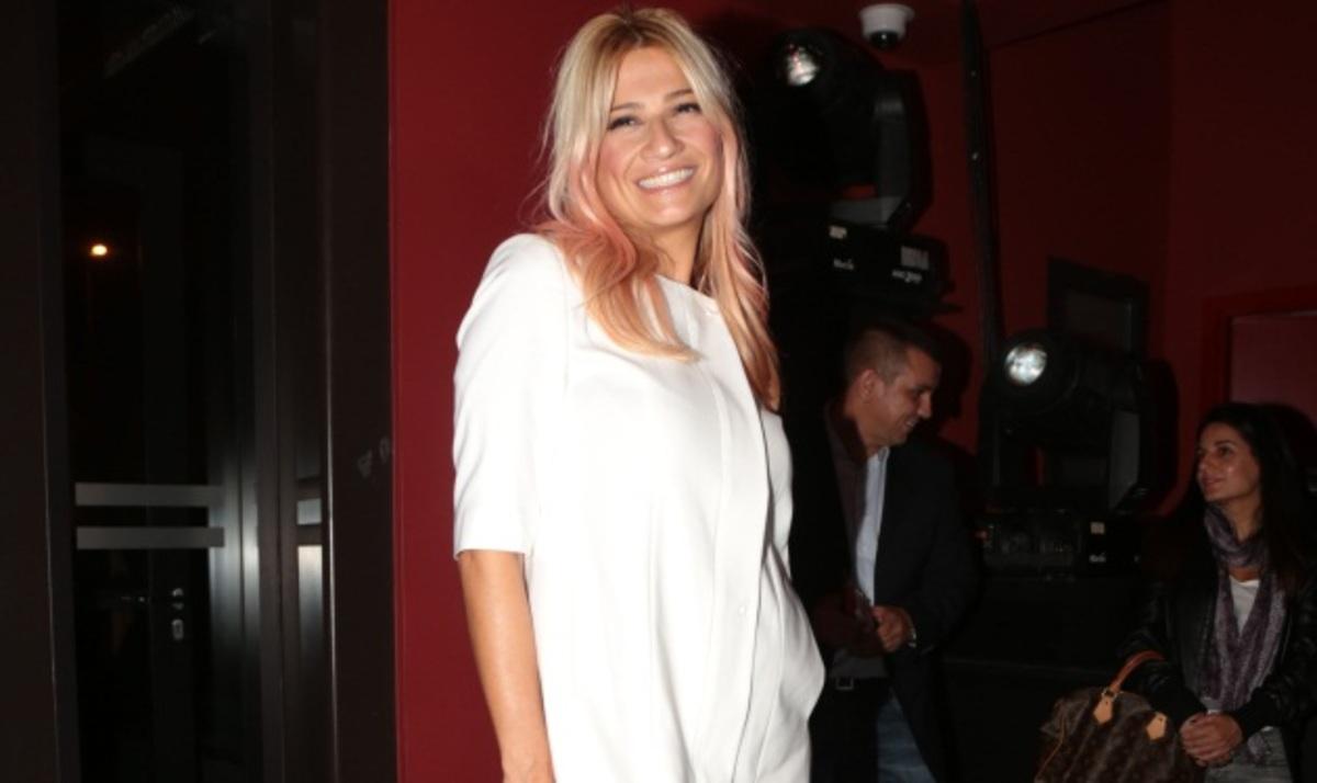 Έγκυος ξανά η Φαίη Σκορδά; | Newsit.gr