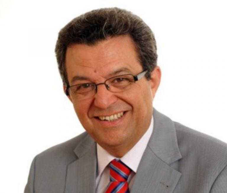 Βόλος: Αγανακτισμένοι κράτησαν «όμηρο» τον δήμαρχο Π. Σκοτινιώτη | Newsit.gr
