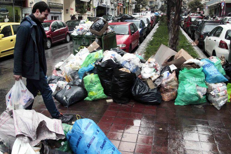 Η Τρίπολη βυθίζεται στα σκουπίδια – Σε κατάσταση έκτακτης ανάγκης η πολη | Newsit.gr