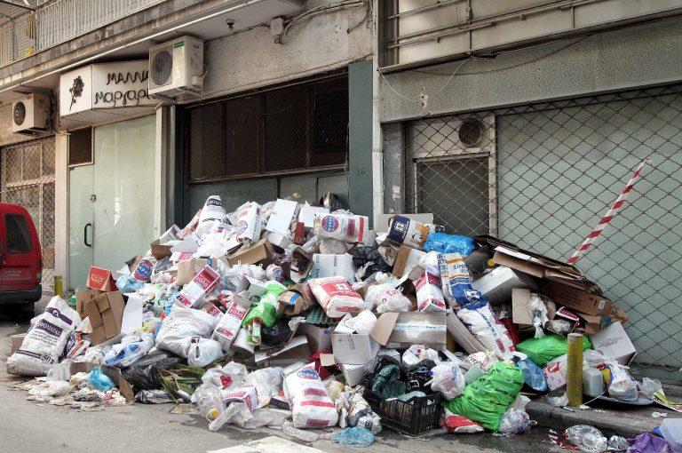 «Ανάσανε» από τα σκουπίδια η Πάτρα | Newsit.gr