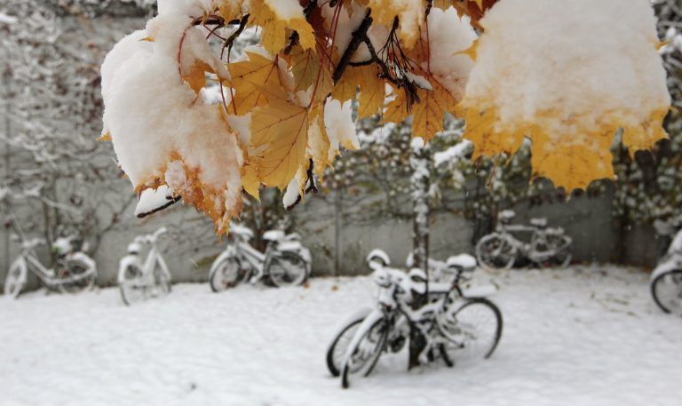 Βαρυχειμωνιά στη Νοτιανατολική Ευρώπη – Προβλήματα από χιόνια και καταιγίδες | Newsit.gr