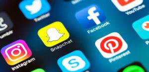 Το 10% των χρηστών λέει ψέματα στα social media για πιο πολλά likes