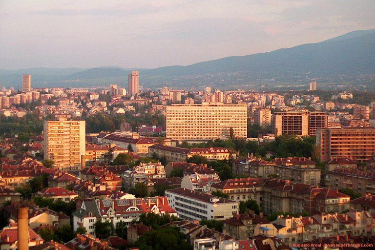 Σε συναγερμό όλη η Βουλγαρία εξαιτίας του καύσωνα | Newsit.gr
