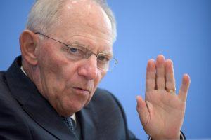 Handelsblatt: Οι δηλώσεις Σόιμπλε για το ΔΝΤ είναι μέρος τακτικής