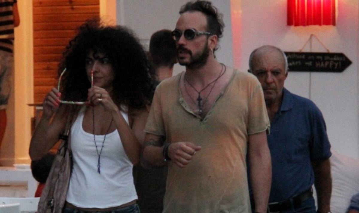 Π. Μουζουράκης – Μ. Σολωμού: Ανέμελες στιγμές στη Σκιάθο! Φωτογραφίες | Newsit.gr
