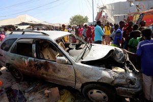 Νέα αιματηρή επίθεση με παγιδευμένο αυτοκίνητο στη Σομαλία! 39 νεκροί