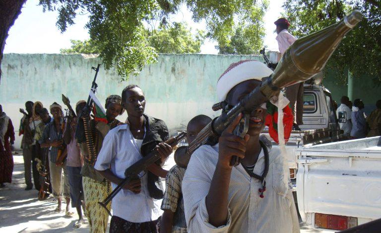 Συγκρούσεις με 12 νεκρούς στη Σομαλία | Newsit.gr