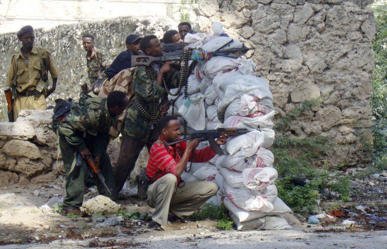 Βομβιστική επίθεση με 65 νεκρούς στο Μογκαντίσου   Newsit.gr