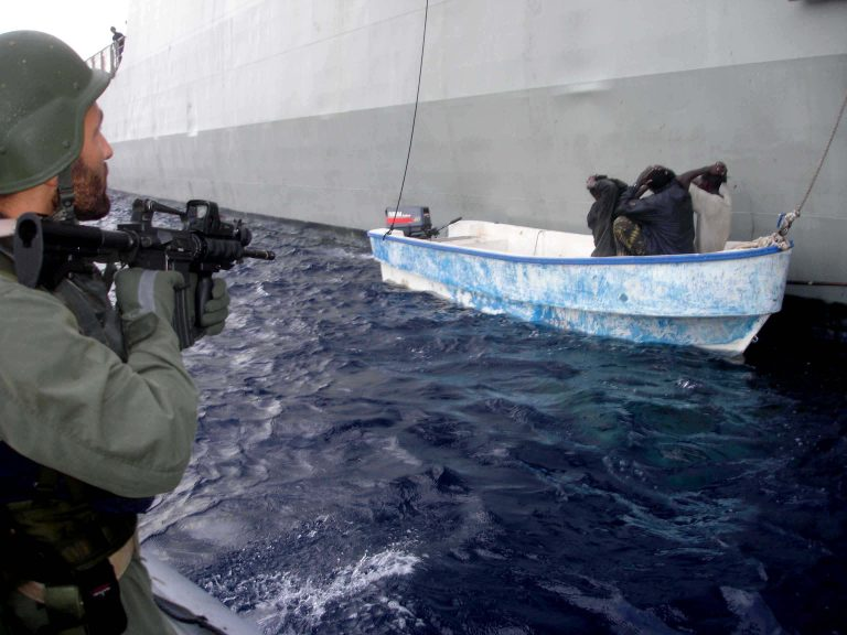 Σομαλοί πειρατές κατέλαβαν πλοίο | Newsit.gr