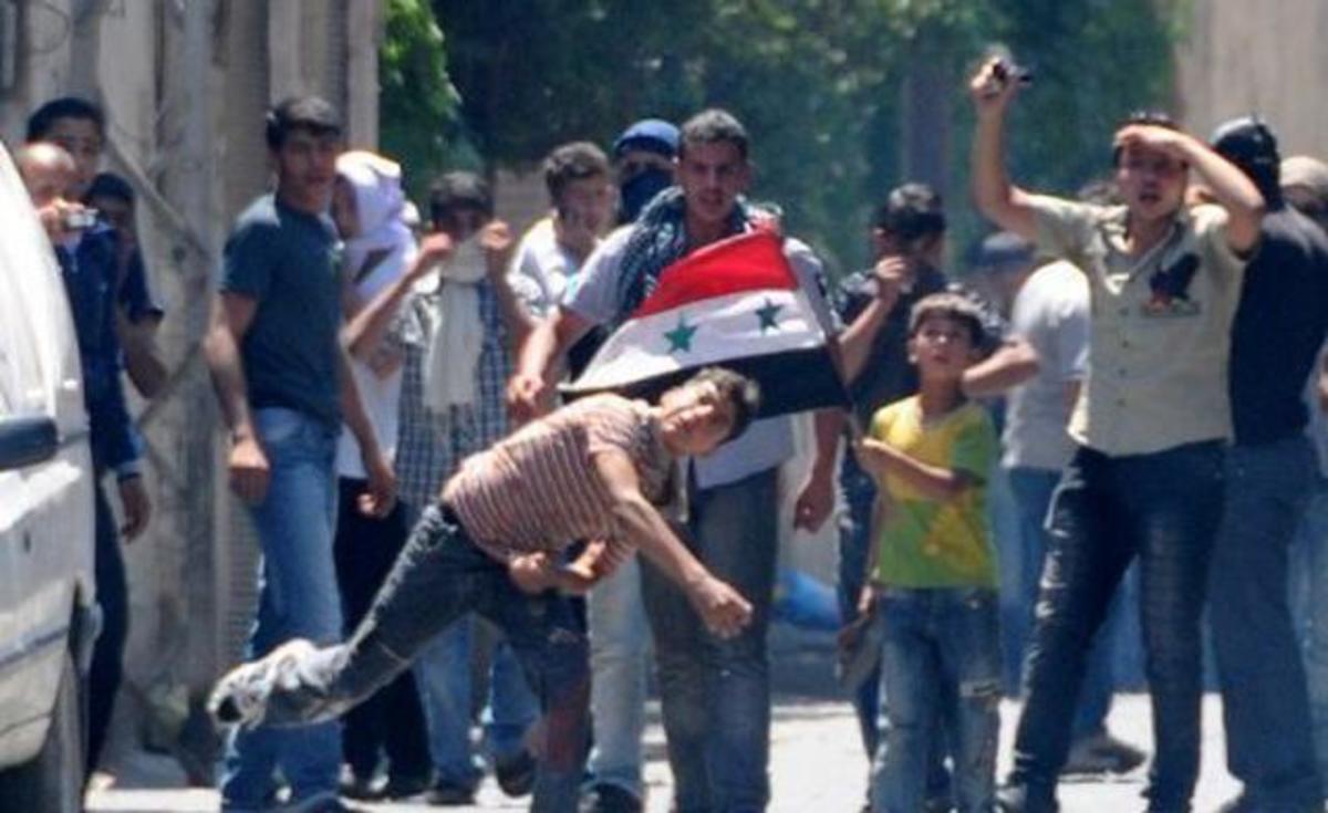 Συρία:Επίθεση με πέτρες και αβγά έξω από το Ελληνικό Πατριαρχείο! | Newsit.gr