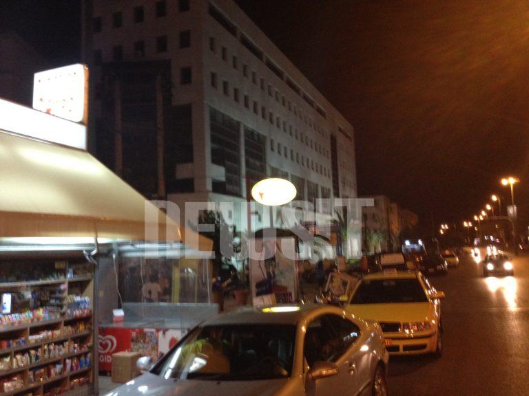 Μέλη της Χρυσής Αυγής εισέβαλαν σε ψητοπωλείο και χτύπησαν αλλοδαπούς – ΦΩΤΟ | Newsit.gr