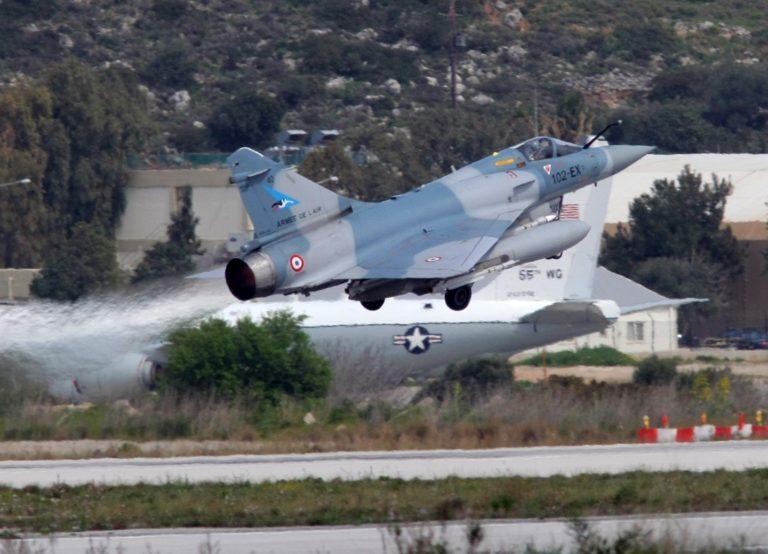 «Εισβολείς» στις στρατιωτικές εγκαταστάσεις της Σούδας | Newsit.gr