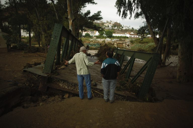 Επτά νεκροί από καταρρακτώδεις βροχές στην Ισπανία | Newsit.gr