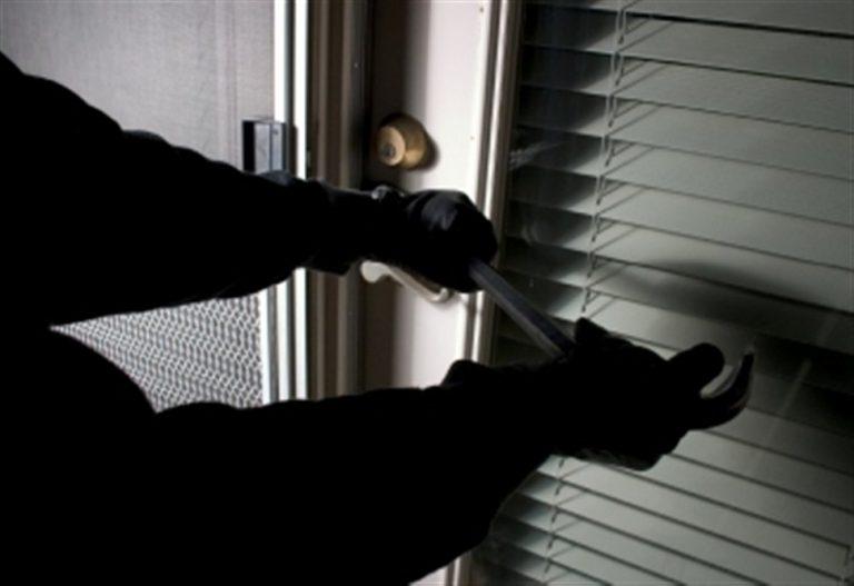 Στη «φάκα» σπείρα διαρρηκτών – «Χτυπούσαν» σπίτια και μαγαζιά στην Ήπειρο | Newsit.gr