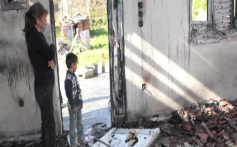 Στάχτη έγινε το σπίτι πενταμελούς οικογένειας στην Ηλεία | Newsit.gr