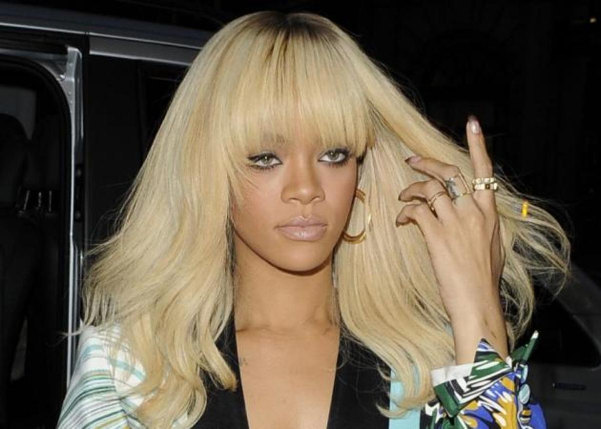 Η Rihanna έγινε μελαχρινή! Α! Και ξύρισε κάποια μαλλιά! | Newsit.gr