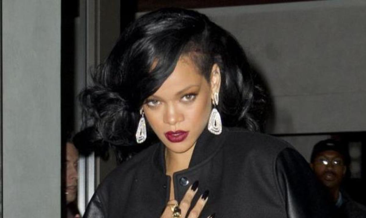 Πώς είναι η Rihanna χωρίς μακιγιάζ; | Newsit.gr