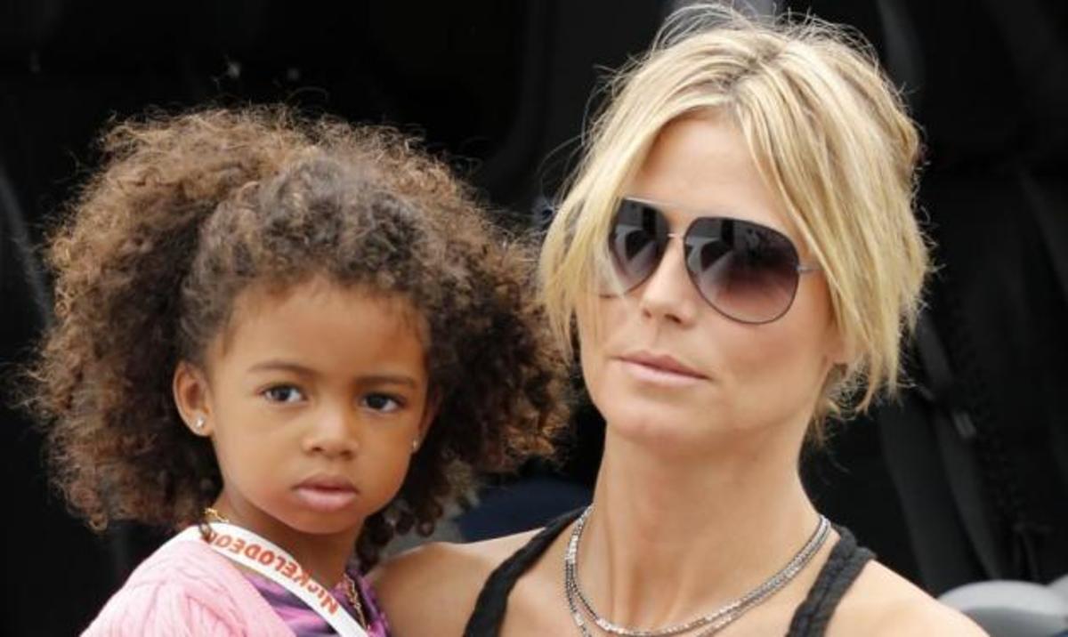 Η sexy μαμά Heidi Klum πηγαίνει βόλτα με τα παιδιά της!   Newsit.gr