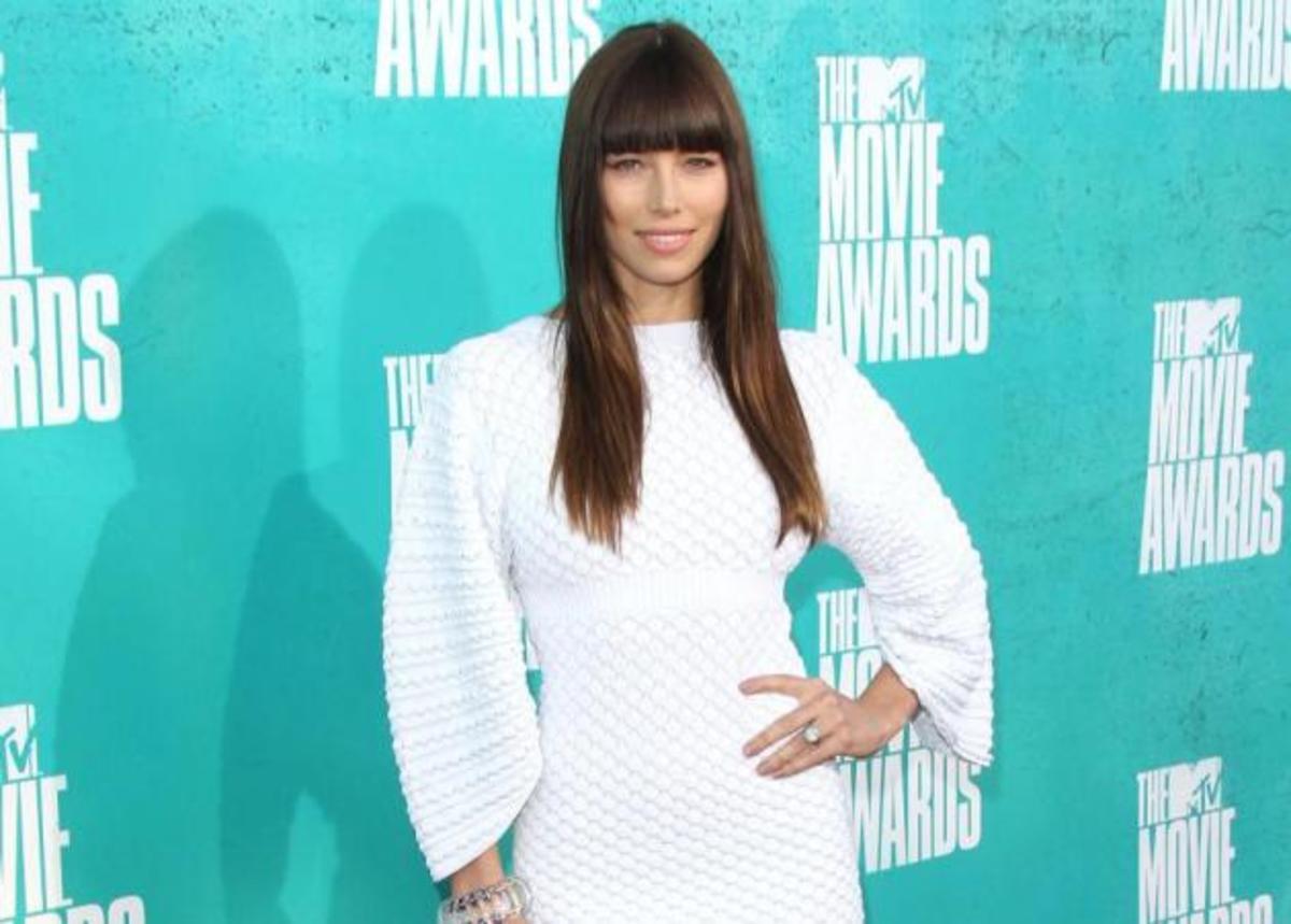 MTV Movie Awards: Τί φόρεσαν στο κόκκινο χαλί; | Newsit.gr