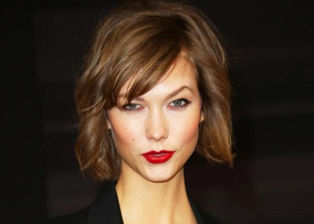 Μπορεί να είναι το κούρεμα της χρονιάς αλλά η Karlie Kloss έκλαψε όταν της έκοψαν τα μαλλιά! Σου έχει συμβεί ποτέ; | Newsit.gr