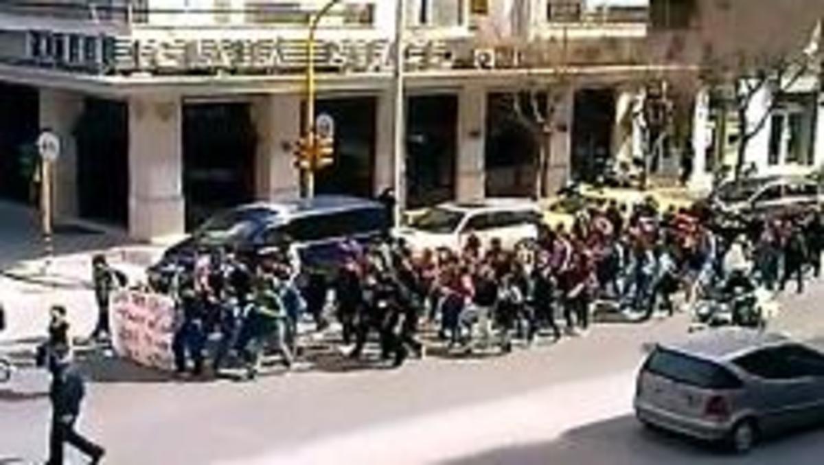Θεσσαλονίκη: Μαθητική πορεία στην οδό Εγνατία – Δείτε το βίντεο!   Newsit.gr
