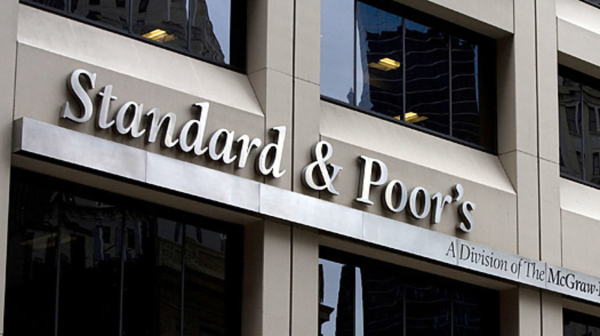 Η Standard & Poor's προβλέπει ύφεση σε όλη την ευρωζώνη | Newsit.gr