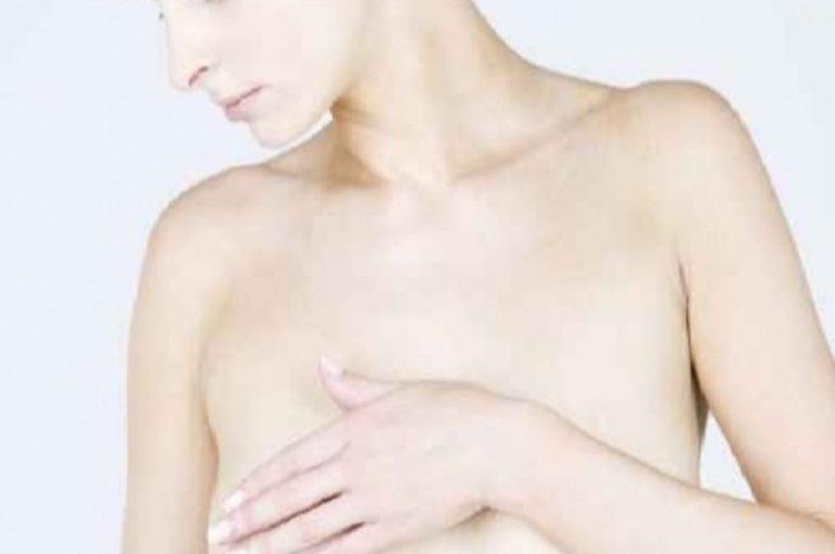 Πώς γίνεται η αυτοεξέταση του μαστού; | Newsit.gr