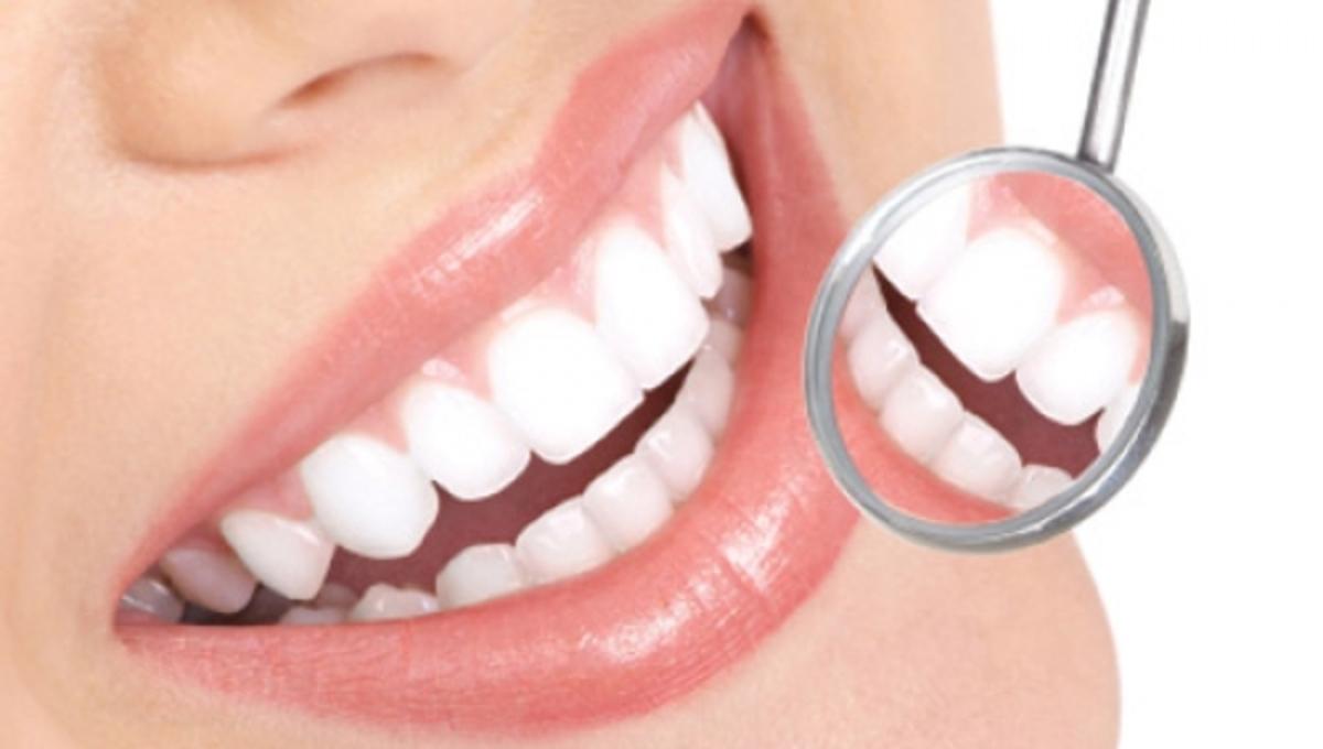 Κακοσμία στόματος, λευκότερα δόντια, στεγνό στόμα: Υπάρχει λύση   Newsit.gr