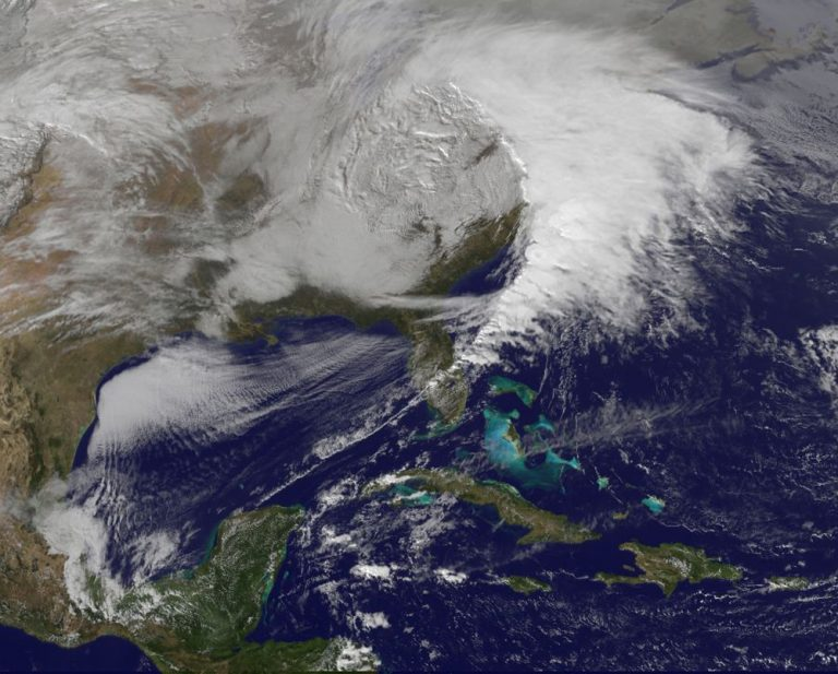 Χιονιάς σαρώνει τις ΗΠΑ – Έξι νεκροί, ανάμεσά τους δυο παιδιά | Newsit.gr