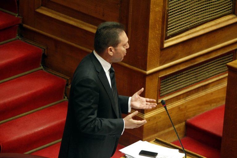 Δραματικό μήνυμα Στουρνάρα: «Ένα λάθος και θα έρθει άτακτη χρεοκοπία» | Newsit.gr