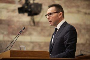 Γιάννης Στουρνάρας: Οι συντάξεις είναι ακόμα μεγάλες!