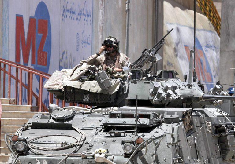 Γιγαντιαία επιχείρηση κατά των Ταλιμπάν   Newsit.gr