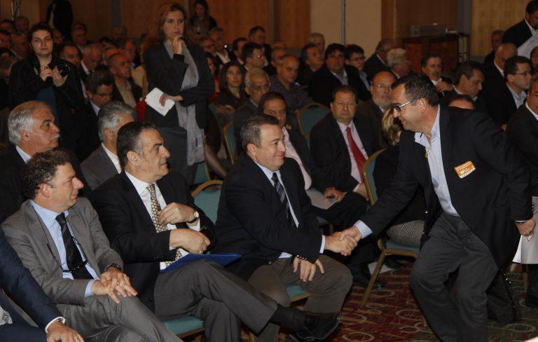 Τα άκουσε στο συνέδριο της ΚΕΔΕ ο Στυλιανίδης – Έστειλε τελεσίγραφο για τη διαθεσιμότητα | Newsit.gr