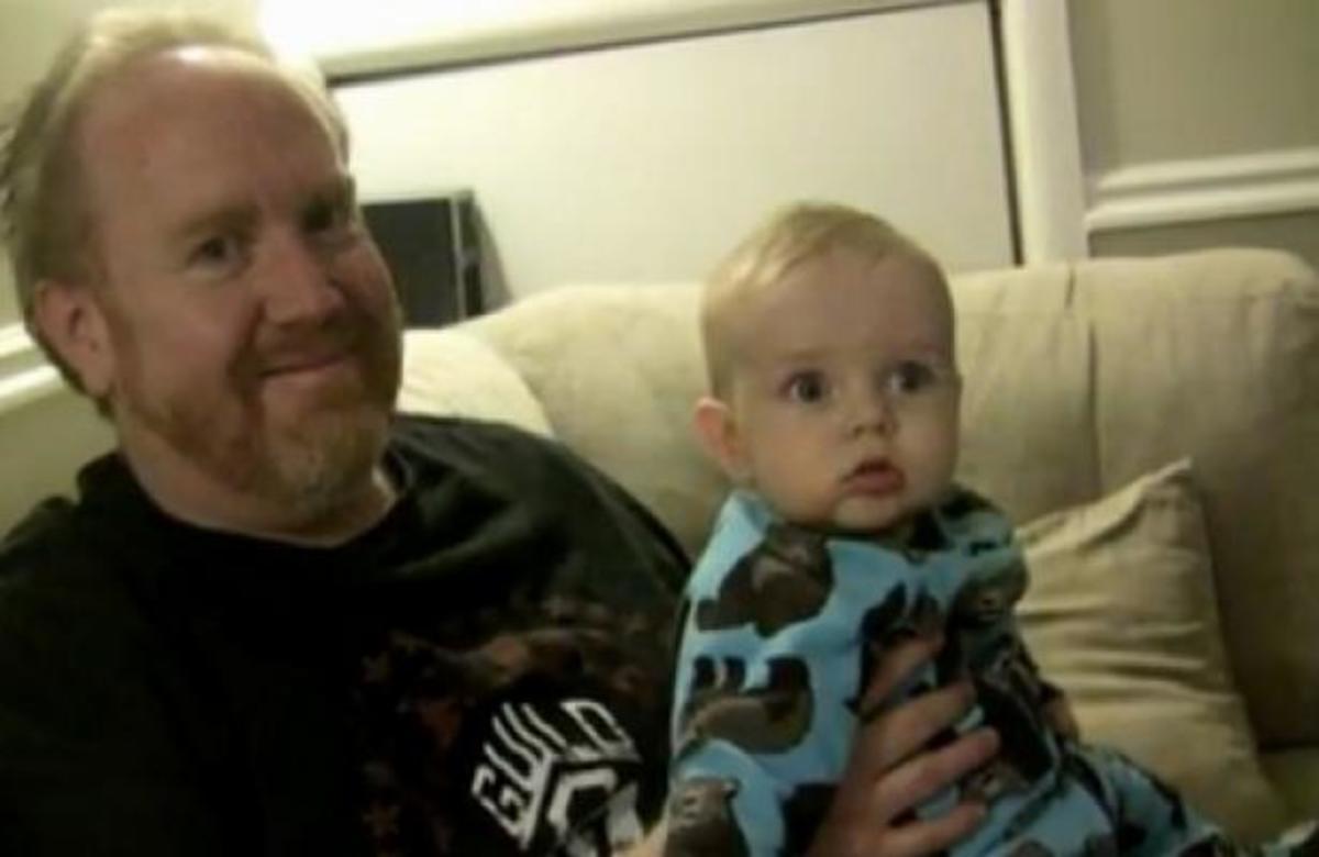 Το πιο συγκινητικό βίντεο που κυκλοφορεί – Αφιέρωσε το «Let It Be» για τον άρρωστο με καρκίνο γιο του! | Newsit.gr