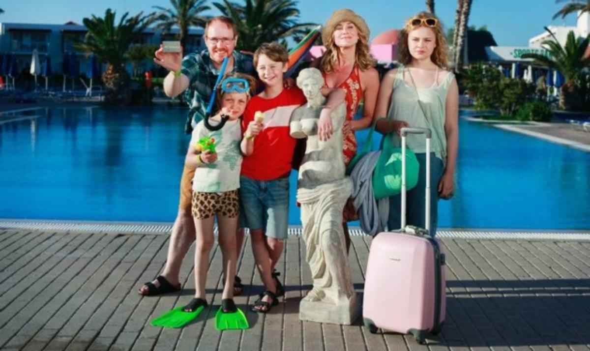Σουηδική ταινία γυρίζεται στην Ελλάδα με την συμμετοχή του Μ. Γαβρά! Φωτογραφίες | Newsit.gr