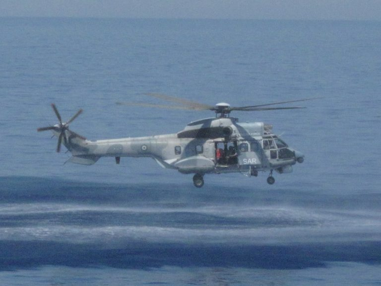 Θρίλερ με ελικόπτερο Super Puma | Newsit.gr