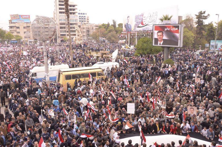 Αφέθηκαν ελεύθεροι πάνω από 1.100 κρατούμενοι στη Συρία   Newsit.gr