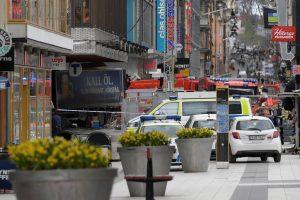 Στοκχόλμη: Οι μαρτυρίες δυο Ελλήνων που έζησαν τον τρόμο [vids]