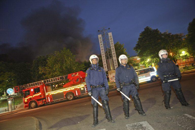Νύχτες ταραχών στη Σουηδία | Newsit.gr